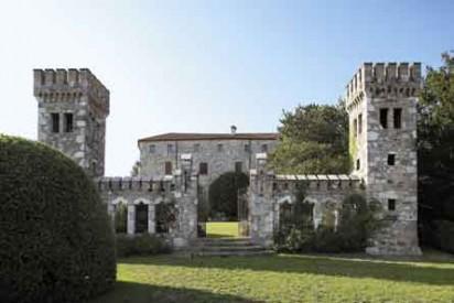 32_Castello-d'Arcano-Superiore--412x275